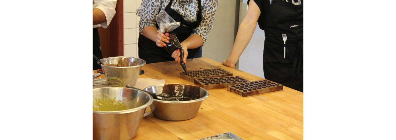 Chokoladebar- og fyldte chokoladerkursus